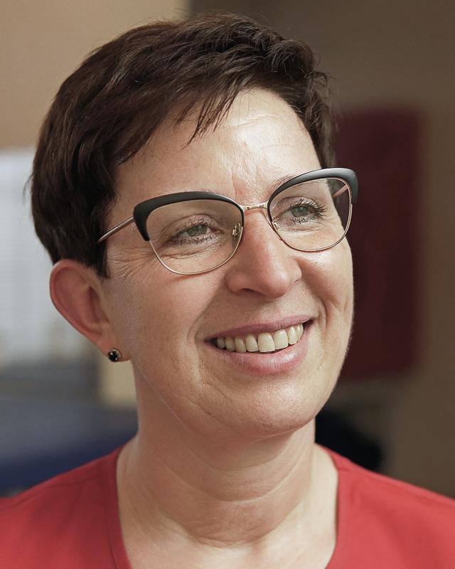 dr hab. Ewa Gajewska